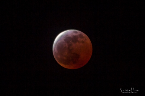 eclipse-red-moon